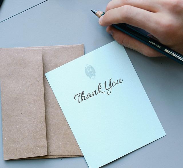 「感謝申し上げます」の例文